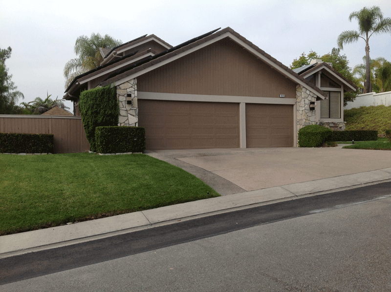 Traditional Design Brown Exterior and Light Brown Trim